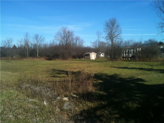 Vacant Land at 0 Delaware Es Ave, Fort Erie, Ontario. Image 2
