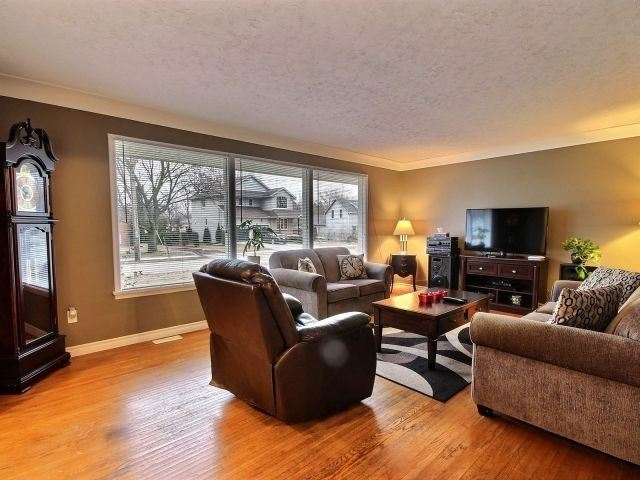 Detached at 252 Ridout St, West Elgin, Ontario. Image 6