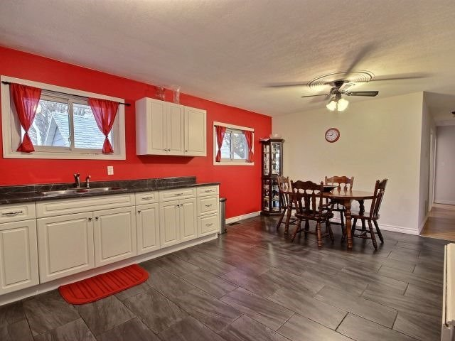 Detached at 252 Ridout St, West Elgin, Ontario. Image 8