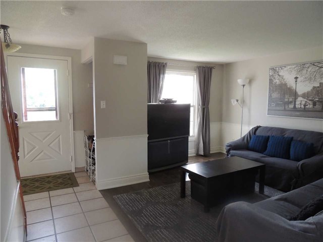 Detached at 1 Columbus Cres, Guelph, Ontario. Image 14