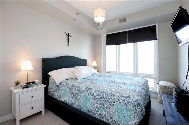 Condo Apartment at 520 North Service Rd, Unit 408, Grimsby, Ontario. Image 5