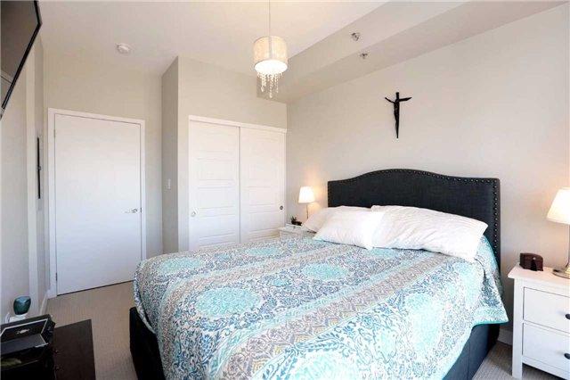 Condo Apartment at 520 North Service Rd, Unit 408, Grimsby, Ontario. Image 9