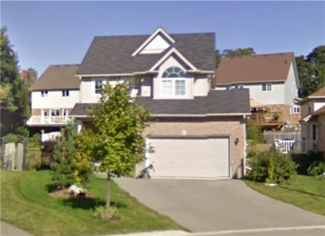 Detached at 728 Russel Crt, Shelburne, Ontario. Image 8