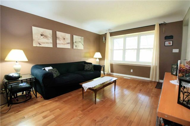 Detached at 287 East 32nd St, Hamilton, Ontario. Image 12