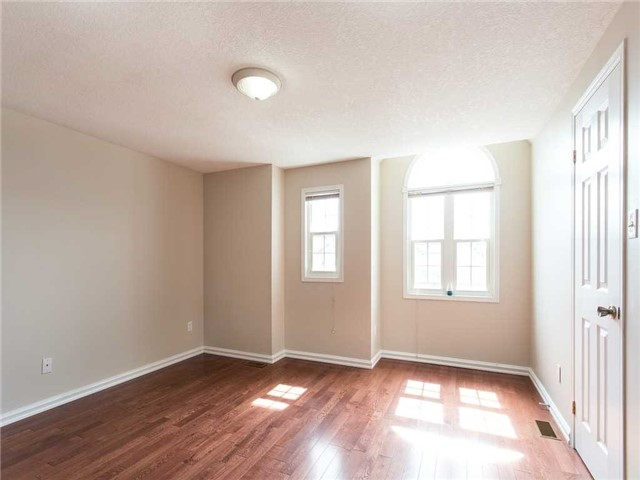 Detached at 78 Cannes St, Kitchener, Ontario. Image 19