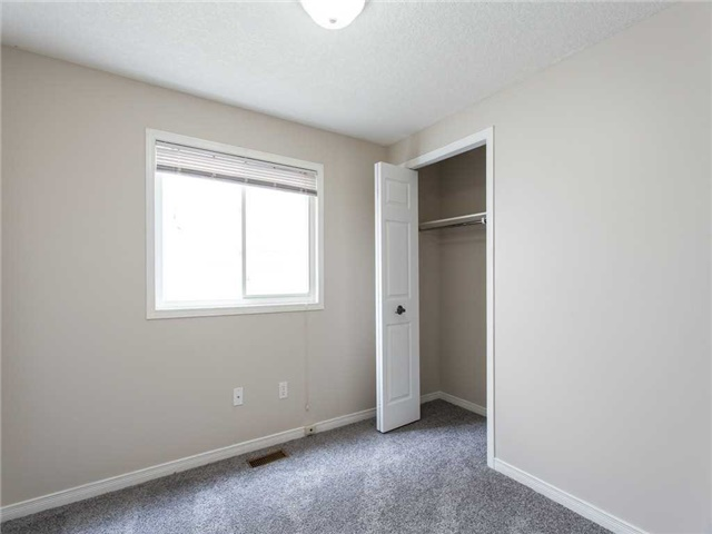 Detached at 78 Cannes St, Kitchener, Ontario. Image 3