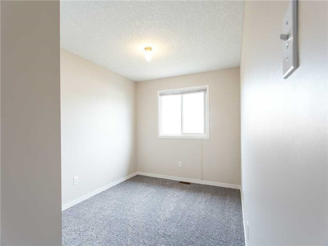 Detached at 78 Cannes St, Kitchener, Ontario. Image 4