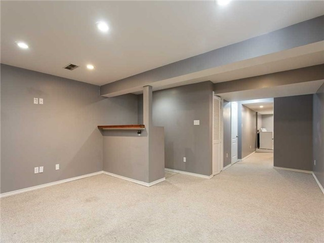 Detached at 78 Cannes St, Kitchener, Ontario. Image 10