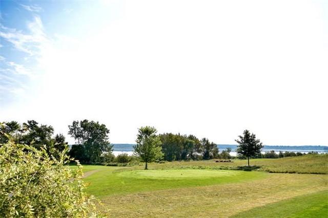 Detached at 143 Southcrest Dr, Kawartha Lakes, Ontario. Image 16