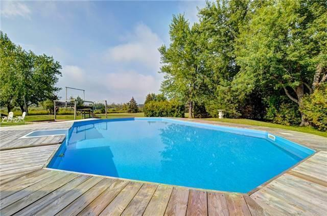 Detached at 433072 4th Line, Amaranth, Ontario. Image 7