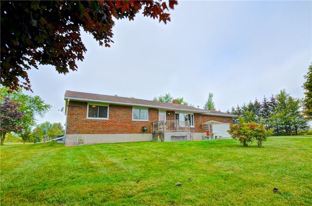 Detached at 433072 4th Line, Amaranth, Ontario. Image 13