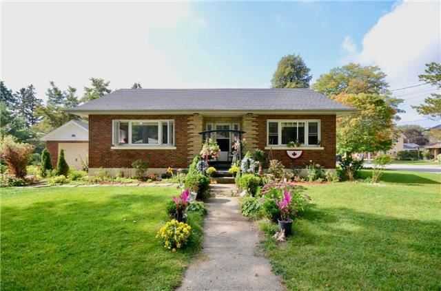 Detached at 175 Colcleugh Ave, Wellington North, Ontario. Image 11