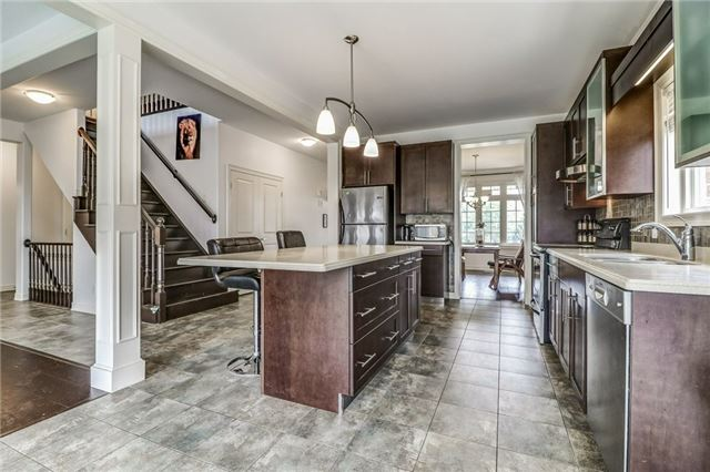 Detached at 12 Silver Maple Cres, Thorold, Ontario. Image 18