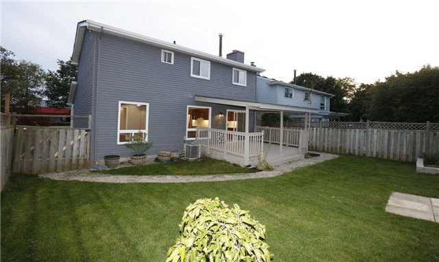 Detached at 463 Westheights Dr, Kitchener, Ontario. Image 12