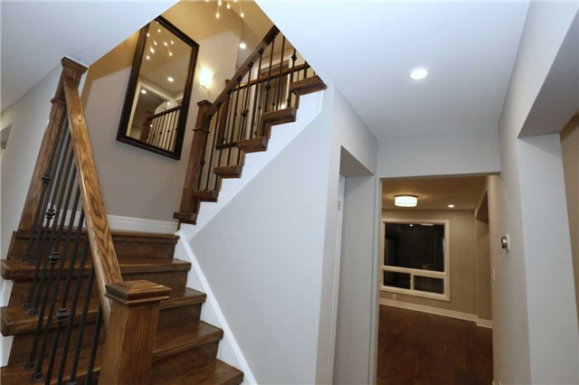 Detached at 463 Westheights Dr, Kitchener, Ontario. Image 20
