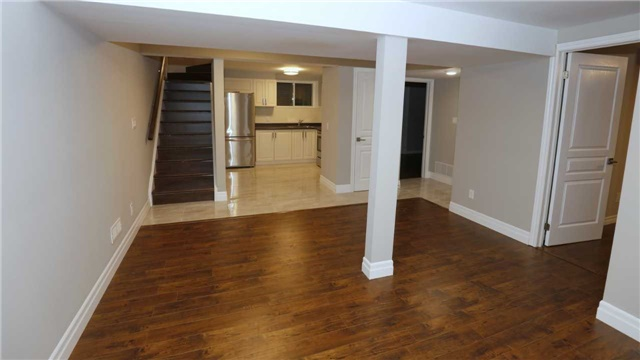 Detached at 463 Westheights Dr, Kitchener, Ontario. Image 10