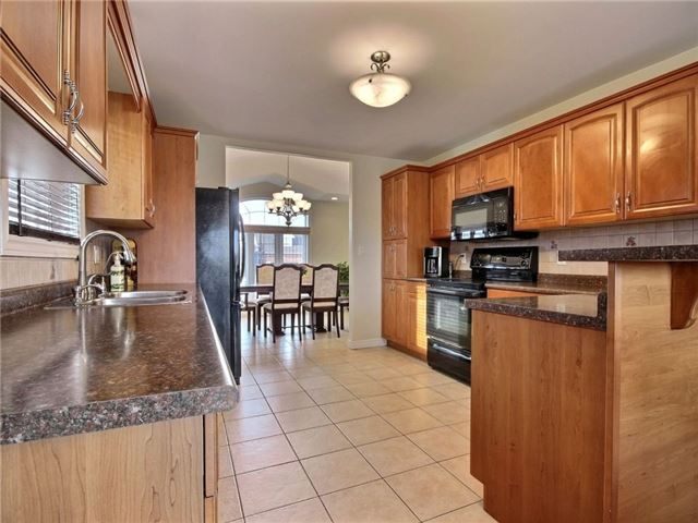 Detached at 262 Golfview Dr, Amherstburg, Ontario. Image 18