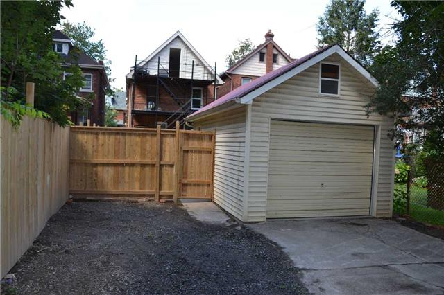 Detached at 119 Burris St, Hamilton, Ontario. Image 11