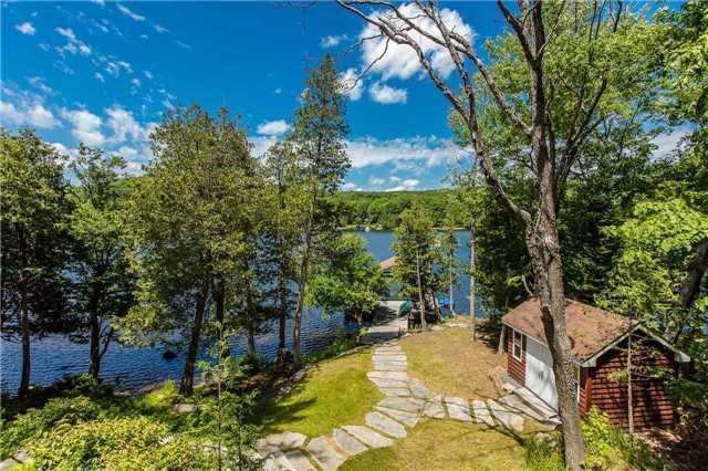 Cottage at 1040 Channel Rd, Lake of Bays, Ontario. Image 1