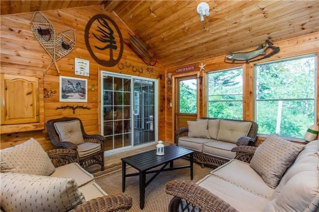 Cottage at 1040 Channel Rd, Lake of Bays, Ontario. Image 7