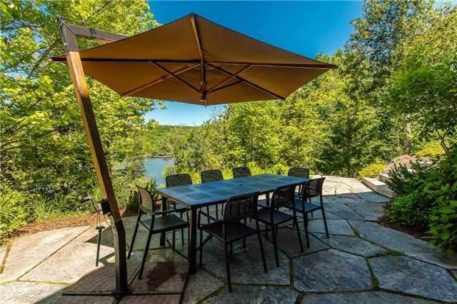 Cottage at 1040 Channel Rd, Lake of Bays, Ontario. Image 9