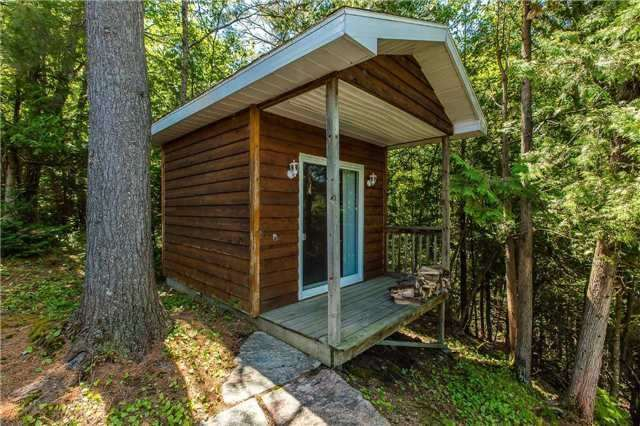 Cottage at 1040 Channel Rd, Lake of Bays, Ontario. Image 13