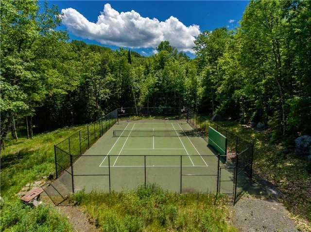 Detached at 50 Prices Point Rd, Lake of Bays, Ontario. Image 6