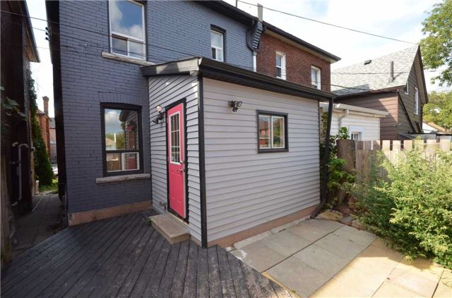 Semi-detached at 33 Campbell Ave, Hamilton, Ontario. Image 10