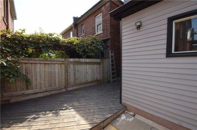 Semi-detached at 33 Campbell Ave, Hamilton, Ontario. Image 11