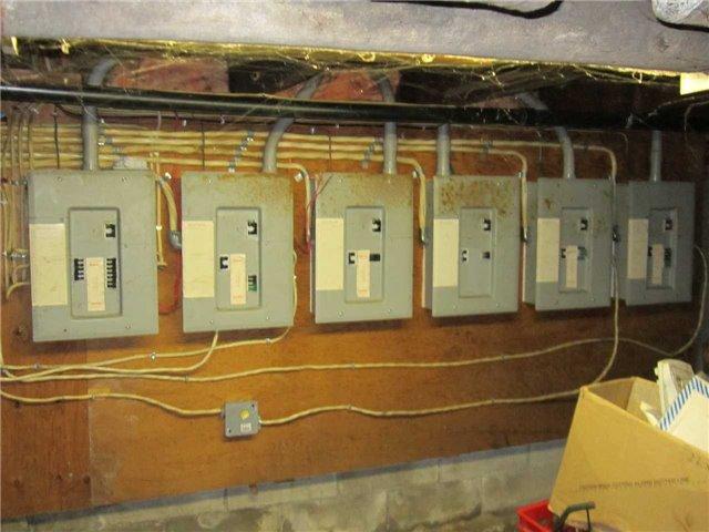 Multiplex at 26 Kirkland St, Kirkland Lake, Ontario. Image 7