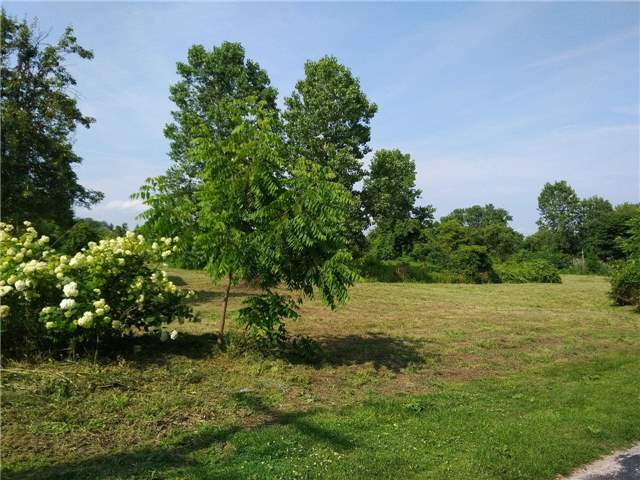 Detached at 642 Springwater Beach Rd Rd W, Essex, Ontario. Image 3