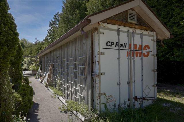 Detached at 355344 Blue Mtns-Euphrasia  Line, Grey Highlands, Ontario. Image 10