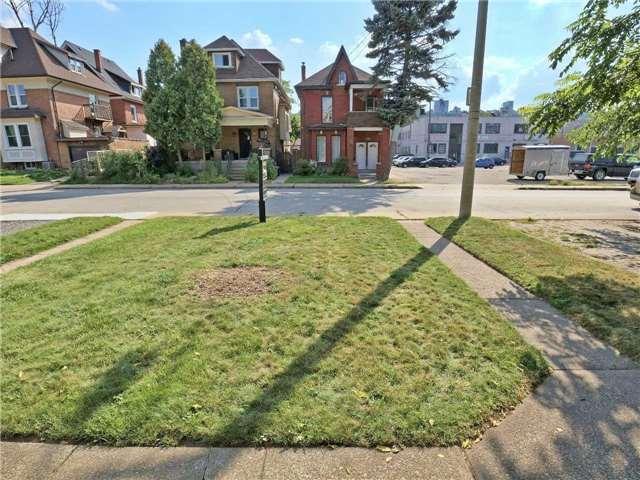 Detached at 107 Aikman Ave, Hamilton, Ontario. Image 14