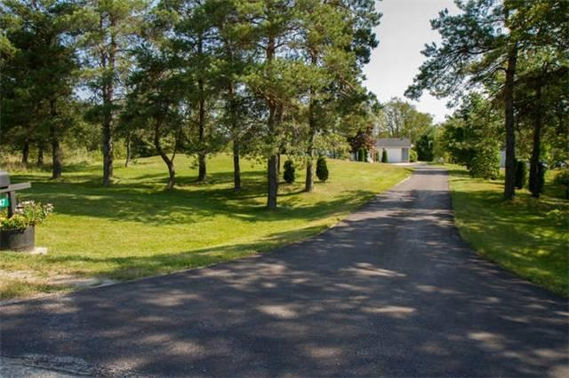 Detached at 676547 Centre Rd, Mulmur, Ontario. Image 11