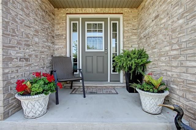Condo Townhouse at 62 Walker Way, Guelph, Ontario. Image 12