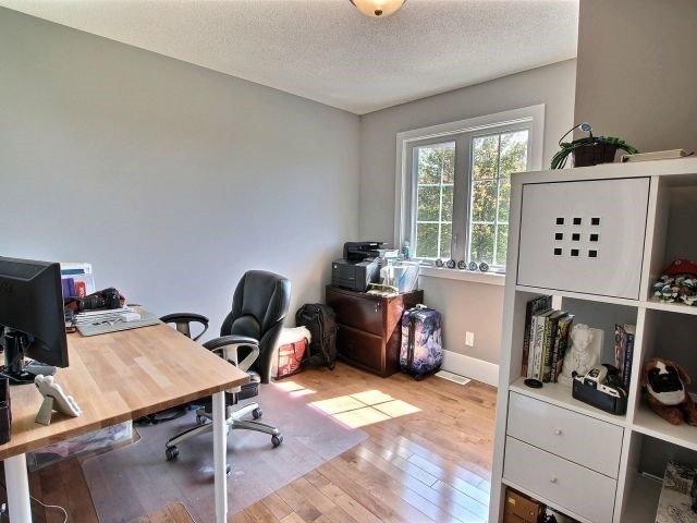 Detached at 22 Seguinbourg Rd, Nation, Ontario. Image 5