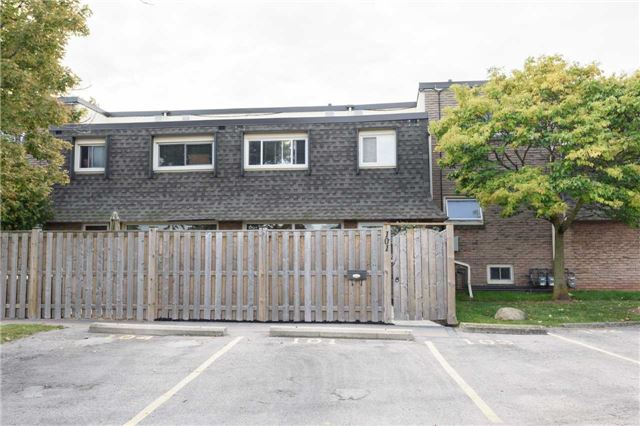 Condo Townhouse at 5 Woodlawn Crt, Unit 101, Grimsby, Ontario. Image 12