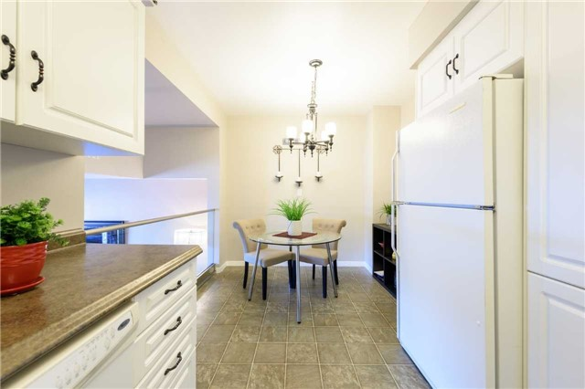 Condo Townhouse at 5 Woodlawn Crt, Unit 101, Grimsby, Ontario. Image 20
