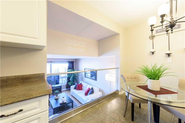 Condo Townhouse at 5 Woodlawn Crt, Unit 101, Grimsby, Ontario. Image 2