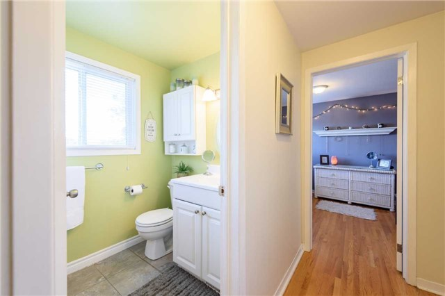 Condo Townhouse at 5 Woodlawn Crt, Unit 101, Grimsby, Ontario. Image 3
