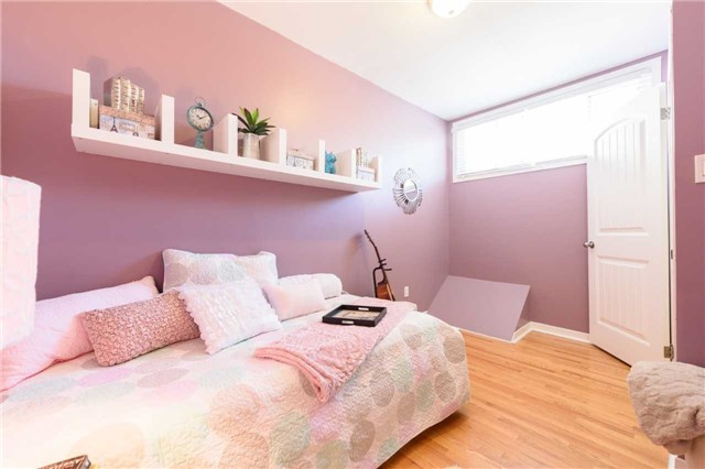 Condo Townhouse at 5 Woodlawn Crt, Unit 101, Grimsby, Ontario. Image 9
