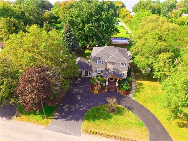Detached at 1194 Lakeshore Rd W, St. Catharines, Ontario. Image 13