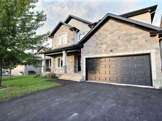 Detached at 228 Topaze Cres, Clarence-Rockland, Ontario. Image 1