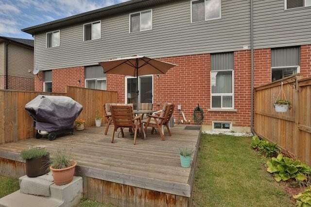 Condo Townhouse at 345 Glancaster Rd, Unit 21, Hamilton, Ontario. Image 11