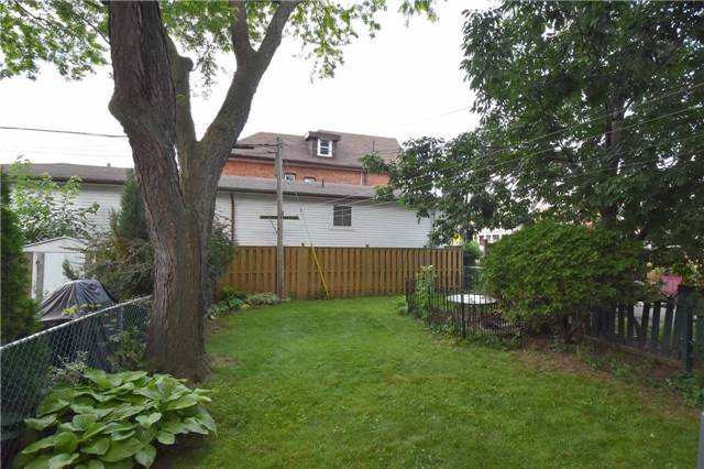 Detached at 248 Prospect St S, Hamilton, Ontario. Image 10