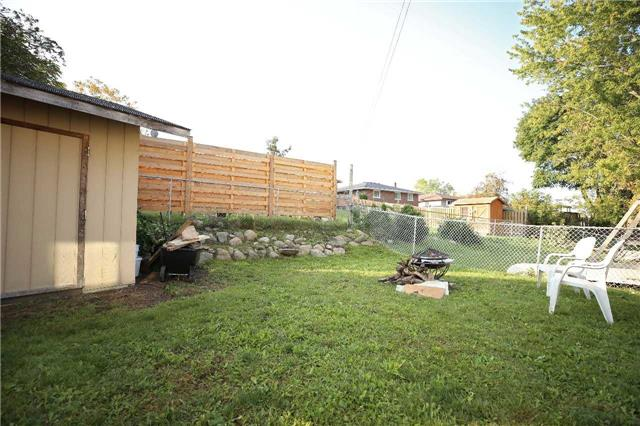 Detached at 233 Maxwell Ave, Peterborough, Ontario. Image 13