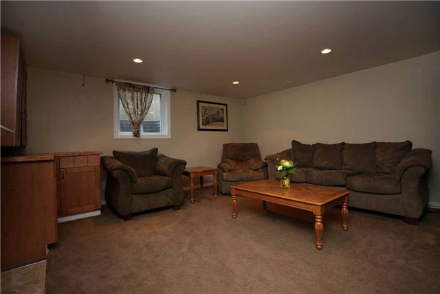 Detached at 233 Maxwell Ave, Peterborough, Ontario. Image 10
