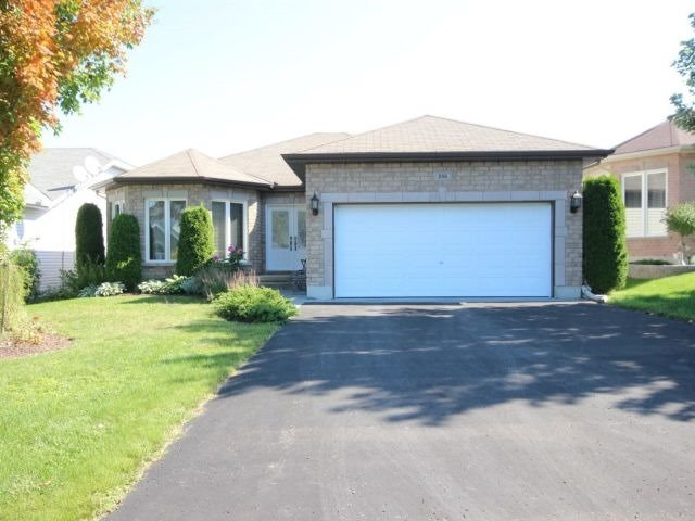 Detached at 236 Sandra Cres, Clarence-Rockland, Ontario. Image 1