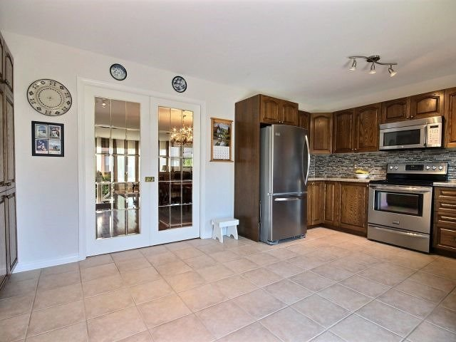 Detached at 236 Sandra Cres, Clarence-Rockland, Ontario. Image 17