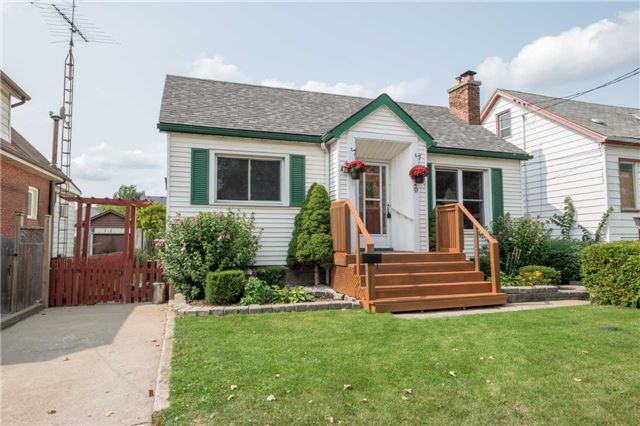 Detached at 20 East 18th St, Hamilton, Ontario. Image 12